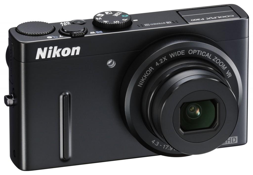 Nikon P300