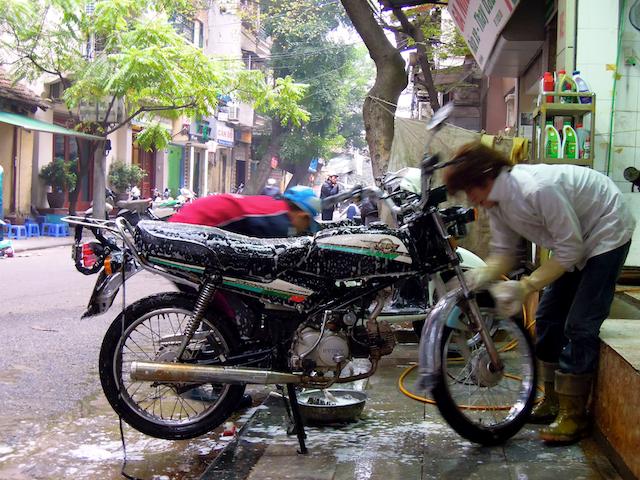 Lavage de moto Hanoi
